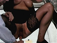Mature bourgeoise dans... from Xhamster