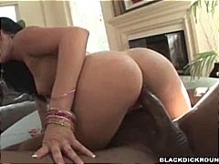 Sadie West drilled from b...