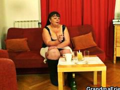 Fat mature babe takes ...