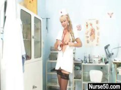Nuvid - Old blonde milf stuffi...