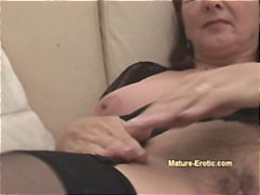 Mature brunette releas... from Nuvid