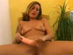 Street girl plays for ... from PornHub