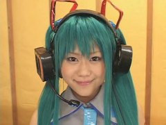 Cosplay Vocaloid 2 of ...