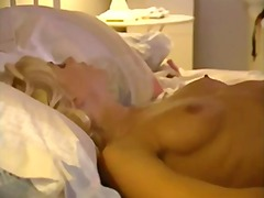 Nuvid - Two hot girls quite wo...