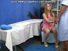 Nuvid - Youngs blonde gets in ...