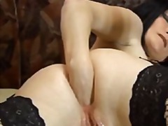 Mature brunette bitch ... from Nuvid
