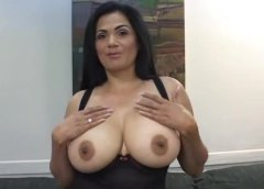 Excited chubby milf ta... from Alpha Porno
