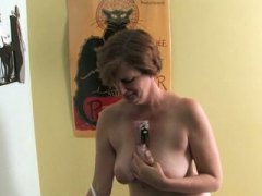 Ray Lynn mature dildo ...