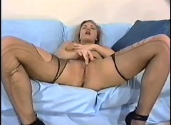 Alpha Porno - Solo hottie in ripped ...