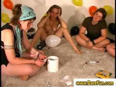Real amateurs party se...