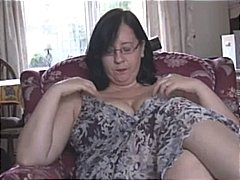 Busty mature milf in p... from DrTuber