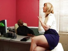 Nina Hartley doing a b...