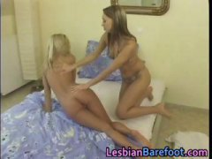 Hot Lesbians are playi...