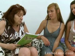 Mature lesbo has three...