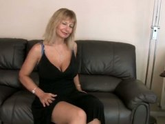 Busty Mature Fingering... from Keez Movies
