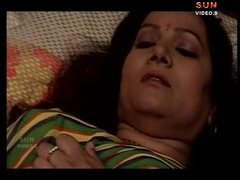 indian big boobs aunty... from Tube8