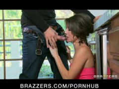 PornHub - Hot young Brunette che...