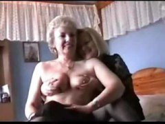 Two Grannies play in L... from Nuvid