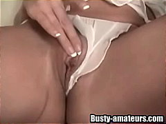 Busty Gianna fingering an...