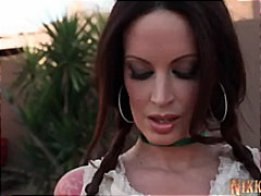 Nikki Nova Gives New M...