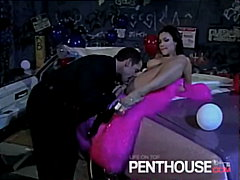 Hot Chick Sucking Cock...