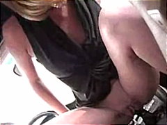 Horny girl masturbatin... from Redtube