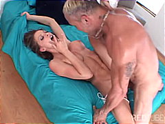 Vanessa flexible and s... from Redtube