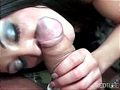 Buxom raven-haired chi...