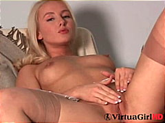 Lucie shows what she l...