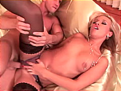 Sexy blonde Candy doin... from Redtube