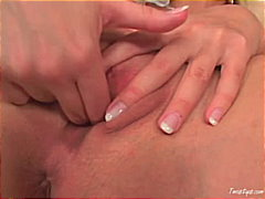 Busty Carol uses her f...