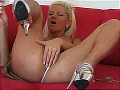 Blond Bitch with spher...