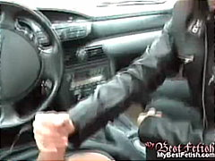 Handjob in a car from Redtube