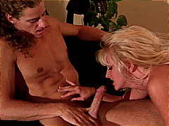 Blond babe screwed from Redtube