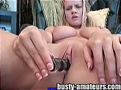 Keez Movies - Lisa loves toying her ...