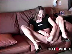 Hot Babes Love Squirti... from Keez Movies