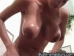 Sexy Gia oiling her bi... from Keez Movies