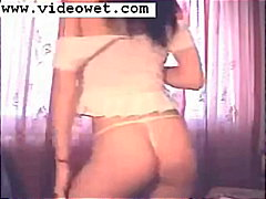 Tight strippy webcam b...