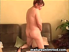 Mature mom and masturb... from Keez Movies