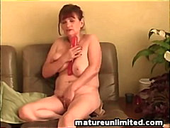 Keez Movies - Mature mom and masturb...