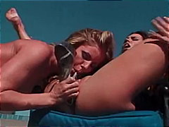 Keez Movies - Lesbians Play In The Sun
