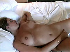Amateur Milf Strips And P...