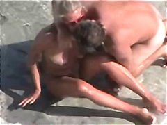 Nuvid - Hidden cam catches thi...