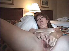 Nuvid - Horny mature wife anal...