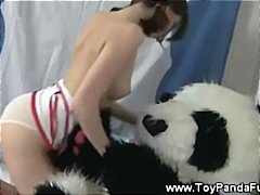 Teen nurse wants her t...
