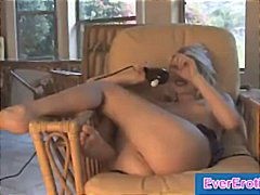 Classy blonde tries th...