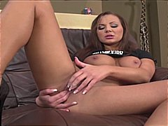 Shayla Green strips an... from Xhamster