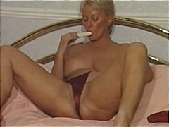 Xhamster - Mature and Dildo. Mast...