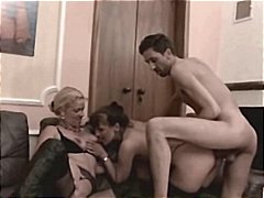 Amateur Mature Threeso...