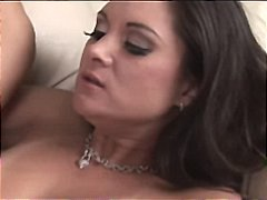 Exchanging licks for t... from Xhamster